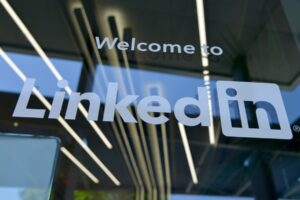 Linkedin Leverage for Lawyers